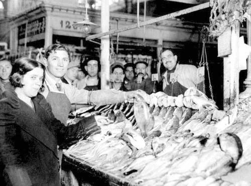 Mercado de la Cebada, 1935.