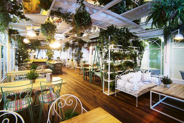 Le Jardin Provençal planta superior La Rollerie San Jerónimo - Cinco nuevos sitios donde comerás muy bien