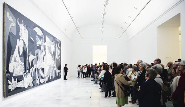 vista sala guenica 05 0 - Exposición: La guerra en la obra de picasso