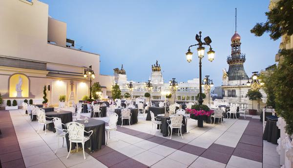 La terraza del casino menú degustación entre  70 y 150 €. 2 Estrellas Michelin