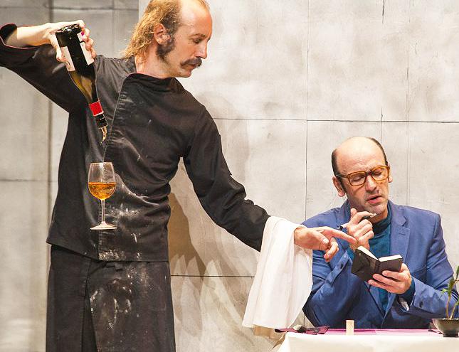 Toda la risa del mundo a costa de la vanguardia gastronómica en el teatro Alfil