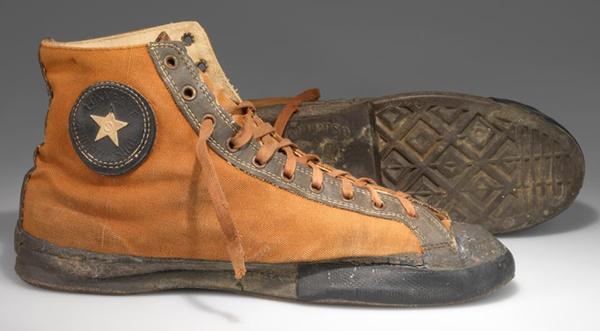 1917 - 100 años de unas zapatillas míticas