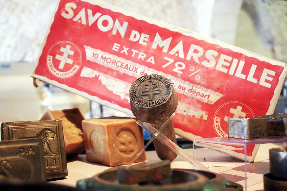 Marsella Savonnerie Marseillaise de la Licorne 2 - La Provenza, lugar elegido por geniales artistas y opulentos Papas