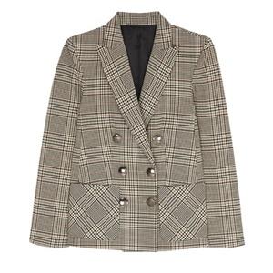 Moda: seis chaquetas de cuadros para noviembre