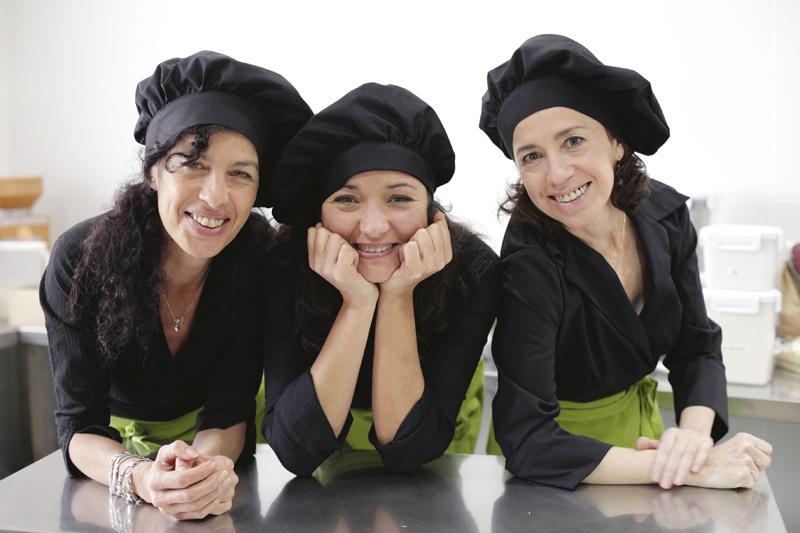 mama kokore equipo - Están de moda las cafeterías CHIC
