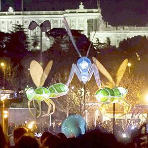 """Arranca la Navidad con el """"Pasacalles de luz"""" de Madrid Río"""