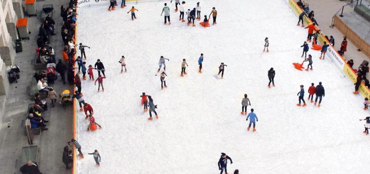 pista hielo Palacio Cibeles - Madrid abre 8 pistas de hielo por Navidad