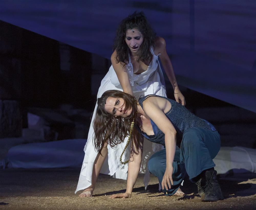 troyanas - La obra Troyanas reclama respeto a las mujeres