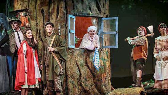 caperucita2 - Caperucita canta y baila en el Teatro Sanpol