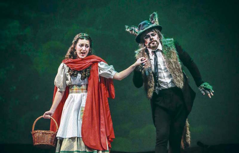 caperucita roja musical - Caperucita canta y baila en el Teatro Sanpol