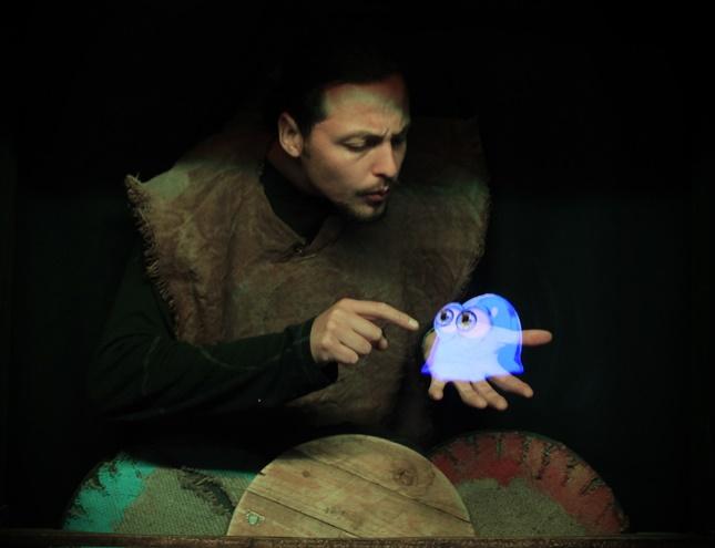 Teatro de títeres con hologramas