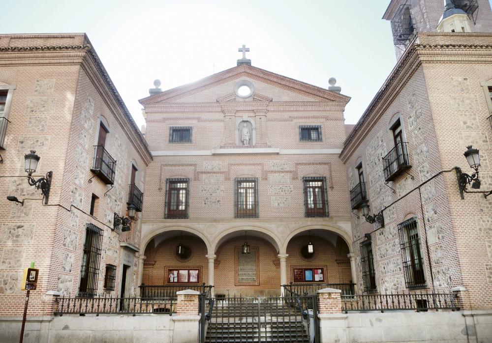 Iglesia de San Ginés Madrid 09 - ¿Sabías que un caimán estuvo expuesto en el altar en la iglesia de San Ginés hasta hace 16 años?