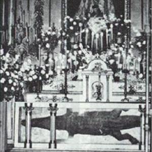 ¿Sabías que un caimán estuvo expuesto en el altar en la iglesia de San Ginés hasta hace 16 años?