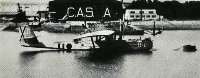 Dornier Wal de la Aeronáutica Naval frente a Construcciones Aeronaúticas Sociedad Anónima en Puntales, Cádiz. 1936.