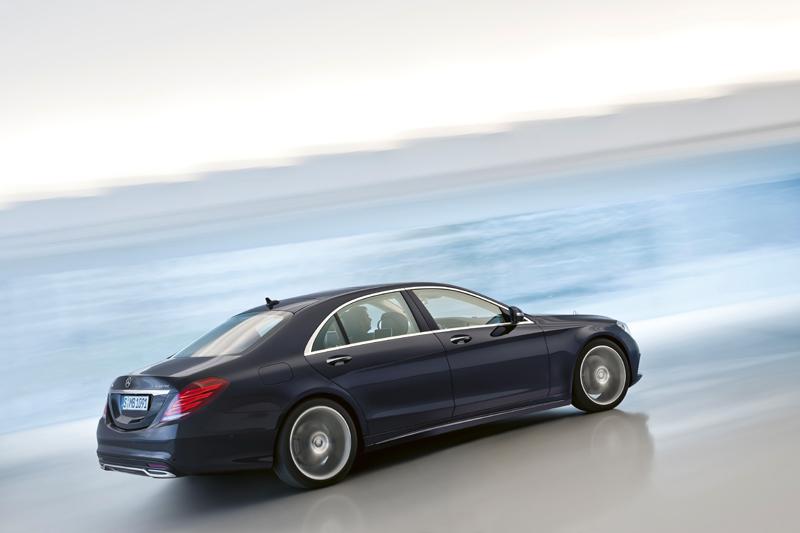 Este Mercedes-Benz tiene un precio que oscila entre los 91.000 y los 174.000 euros, según versión y equipamiento.