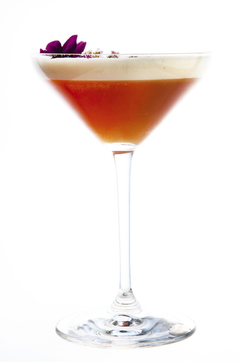 FRESH AMONTILLADO GLASS MAR ÁNGEL LEÓN HOTEL URBAN - Restaurantes y terrazas de Madrid para este verano (1ª entrega)
