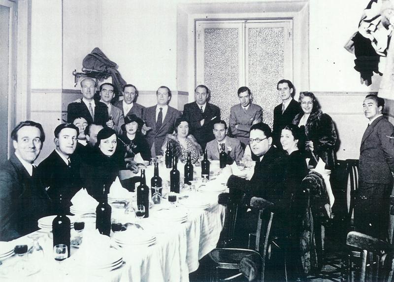 La Generación del 27 reunida en el restaurante Los Galayos, de la Plaza Mayor, en un homenaje a Luis Cernuda en 1936, poco antes de estallar la Guerra Civil.