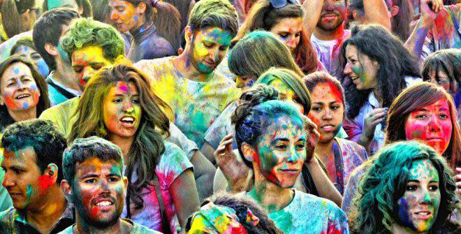 holi2018 - Recibe la primavera como los indios en la Plaza Luna de Madrid