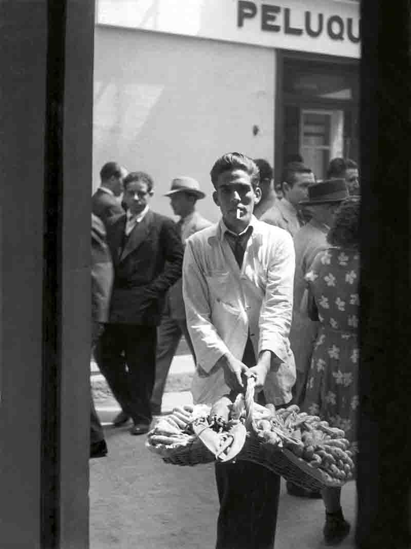 Vendedor de marisco, Sevilla. 1951