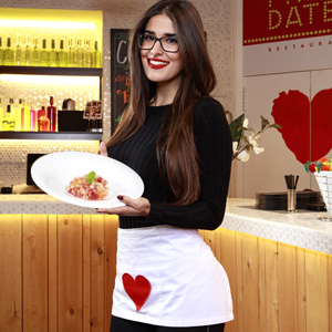 "Lidia Torrent: ""En First Dates no traemos a los participantes de Marte"""