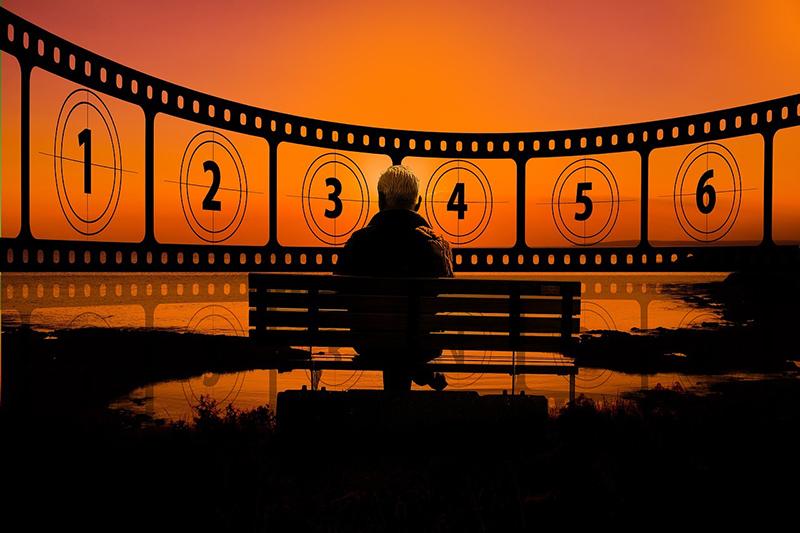 sunset 3189813 1280 - Versión original en Madrid: conoce las mejores salas