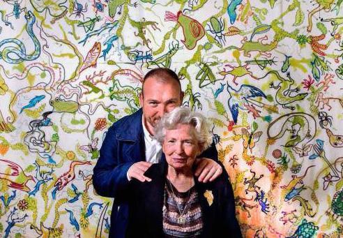 2018 Miquel Barcelo y madre  - Miquel Barceló presenta en Madrid los bordados de su madre Francisca