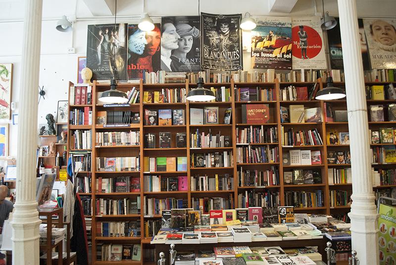 8 y medio 01 - Dos librerías Imperdibles de Madrid