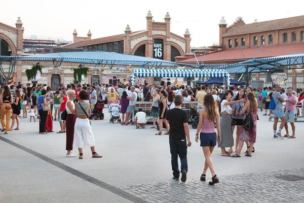 la plaza en verano ok - Cuatro planes para disfrutar del fin de semana en Madrid