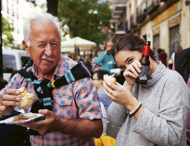 Lavapiés vuelve a maridar música y tapas en la ruta gastronómica más popular
