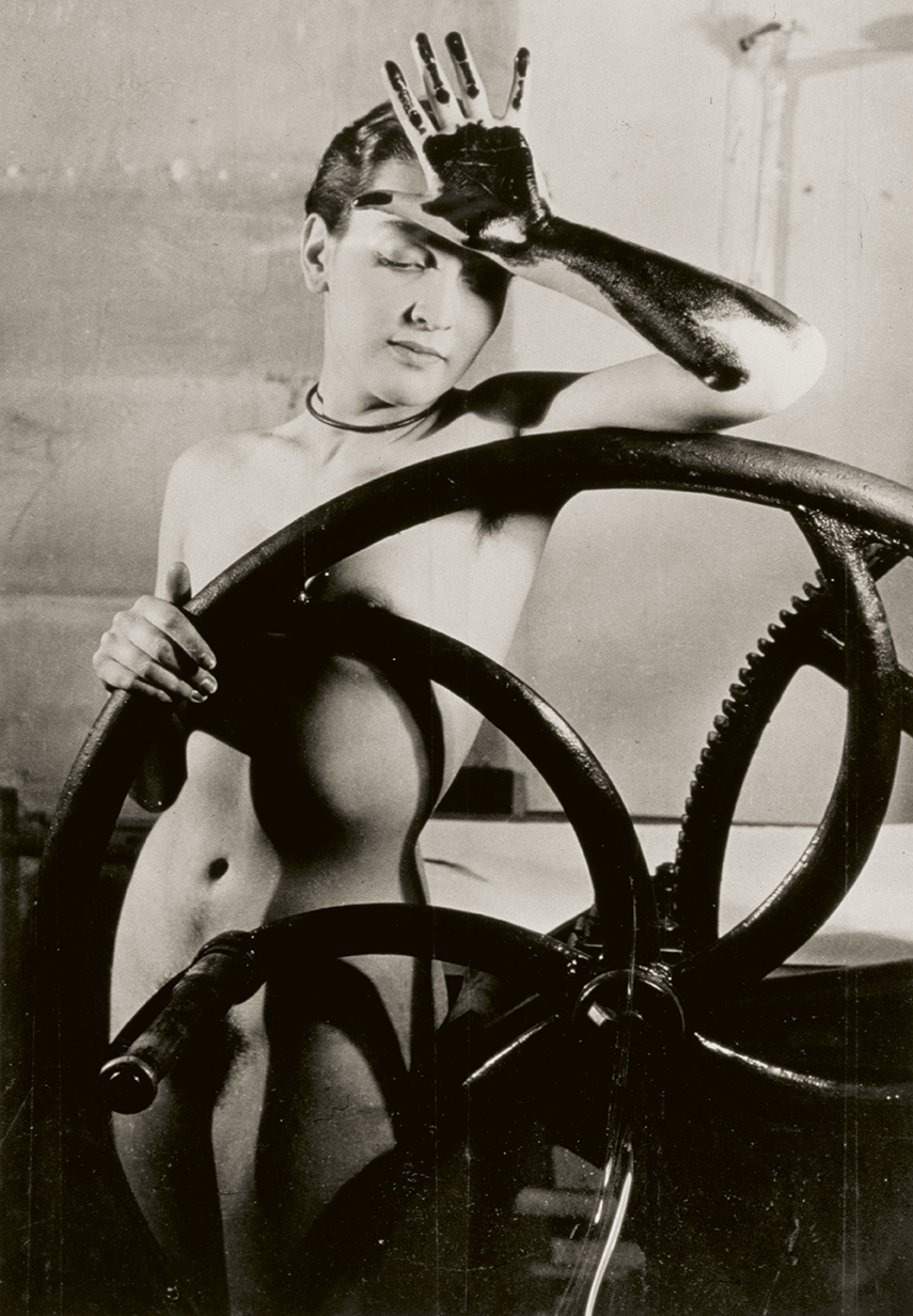 Fotografía de Man Ray realizada en 1933, titulada Erotique Vilée.
