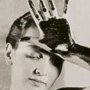 EXPO: Man Ray, la obra de un artista que cambió el arte