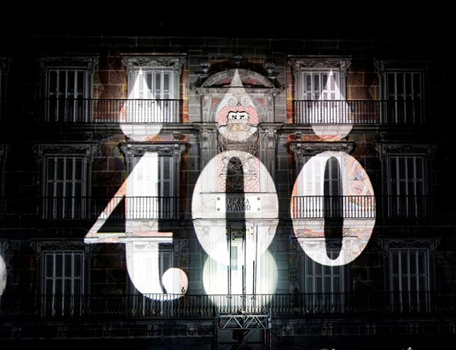 Un espectacular video mapping sobre la historia de la Plaza Mayor despide su IV Centenario