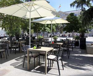 EAST 47 HOTEL VILLA REAL 3 300x245 - 6 terrazas de Madrid donde disfrutar la noche