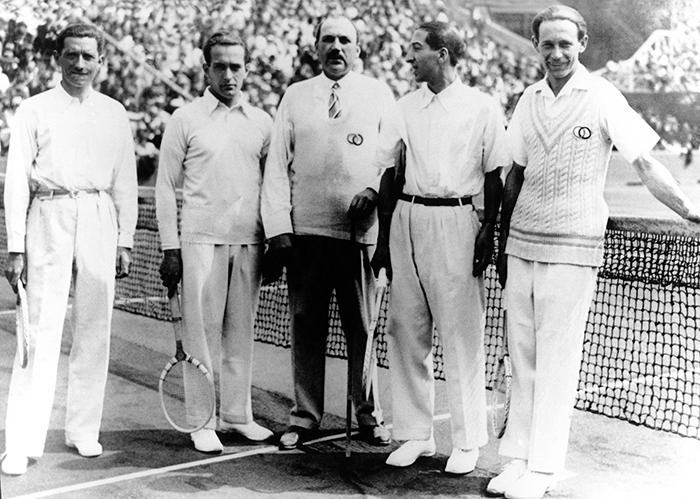 5. LOS MOSQUETEROS - Comienza la Copa Davis en Madrid