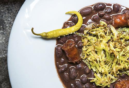 Alubias de Tolosa del restaurante Matritum. - Algunos de los mejores platos de invierno de Madrid