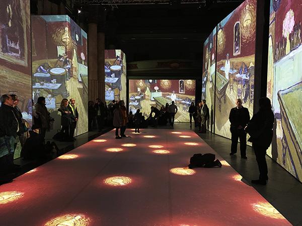 IMG 1803 - Oler y pasear dentro de las obras de Van Gogh es posible en el Círculo de Bellas Artes