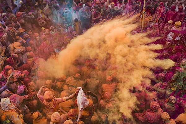 02 El Holi está aquí India 2015 - EXPO: El festival de color de García Rodero