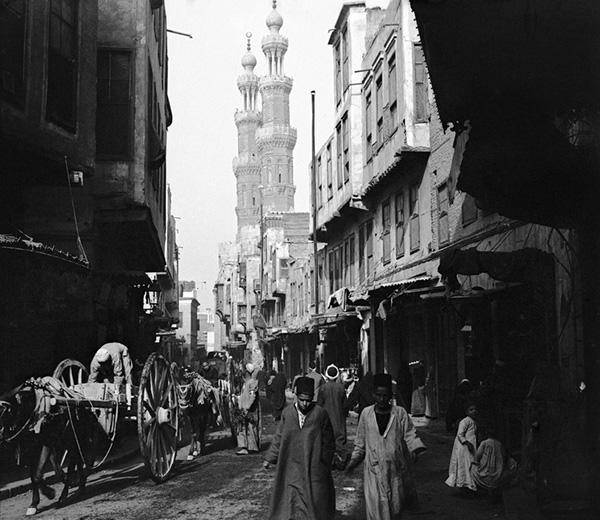 el viaje a la tierra de los faraones de la familia amatller  6397 745x646 - Expo fotos: El viaje a Egipto  en 1909 del chocolatero barcelonés