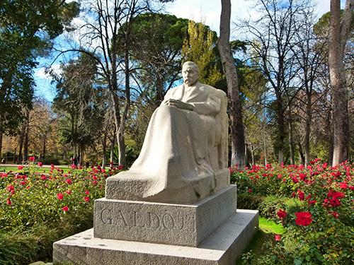 Galdos estatua - Reserva tu visita guiada y gratuita por el Madrid de Galdós
