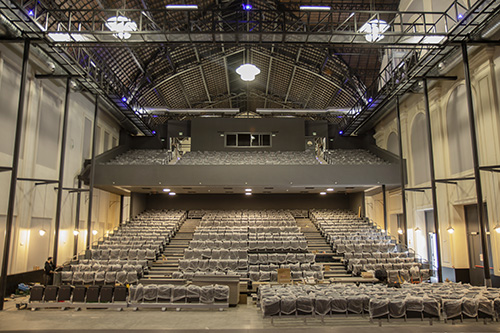 Vista butacas desde escenario - La Estación Norte se reinaugura como Teatro La Estación