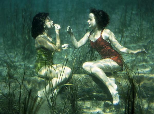 07 BEAUTY National Geographic 110369 credit J. Baylor Roberts - National Geographic homenajea a la mujer con una exposición de fotografía