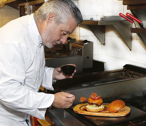 JOES cocina ciega ok01 - Cocinas ciegas y productos de calidad. Comida a domicilio