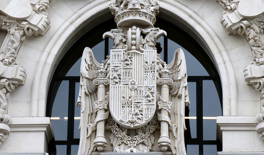 """Palacio de Cibeles: la """"firma"""" escondida del arquitecto gallego"""