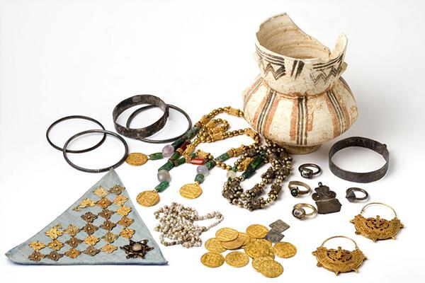 tesoro1 - Exposición: Las artes del metal en Al - Ándalus