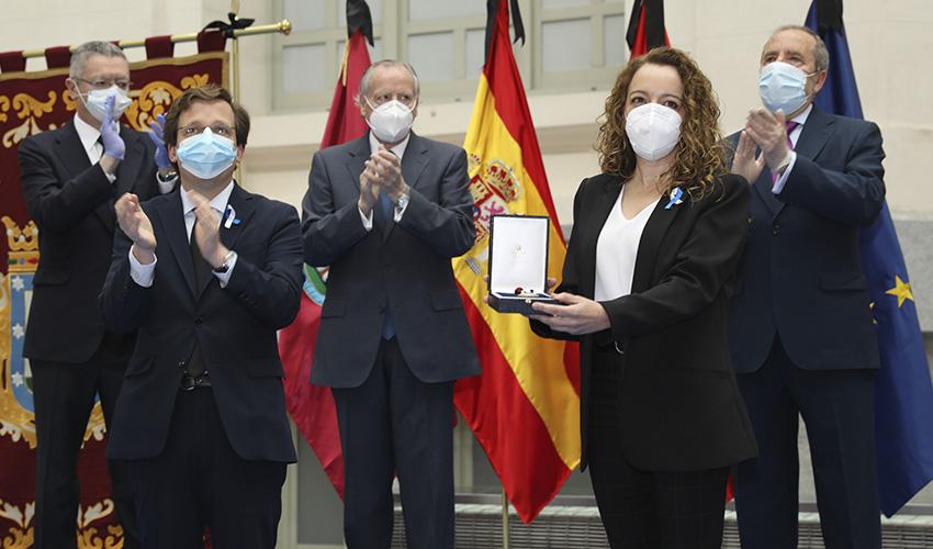 El Ayuntamiento de Madrid concede la Medalla de Honor de San Isidro al pueblo de Madrid