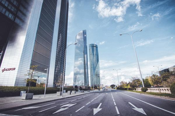 """RULO - """"Madrid en pausa"""" fotografías de Carmen Molina en una ciudad desierta"""
