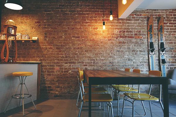 brick wall - Elementos importantes en la decoración ecológica