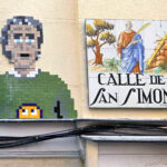 """""""No me esperaba tanta repercusión"""" Entrevista con el artista urbano responsable del mosaico de Lavapiés"""