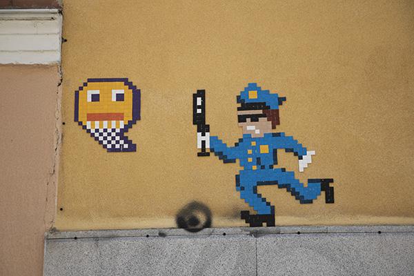 """nean arte urbano calle velarde malasaña - """"No me esperaba tanta repercusión"""" Entrevista con el artista urbano responsable del mosaico de Lavapiés"""