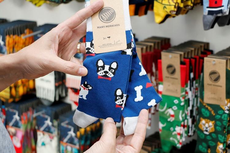 DDD - 15 calcetines divertidos para ir a la oficina con alegría y tiendas de Madrid donde comprarlos